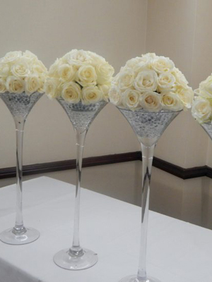 Martini-glass-with-rose-ball